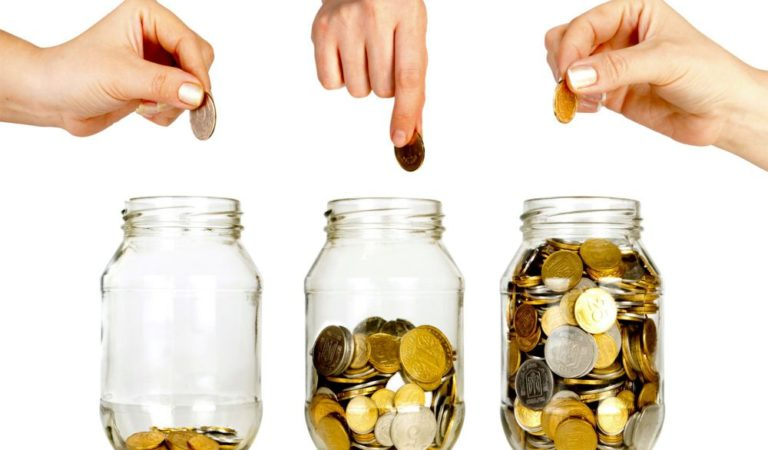 Sisihkan Untuk Beramal, 7 Tips Menghemat Keuangan Ini Mudah Diaplikasikan