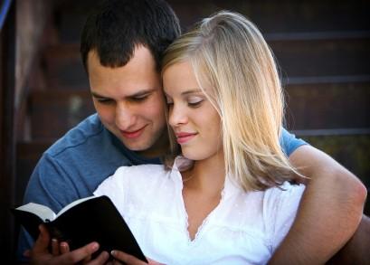 Tipe Hubungan Percintaan 4